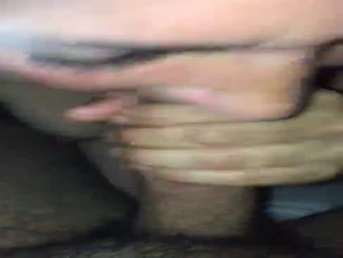 Elle se violer dans son garage